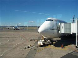 L'avion à Auckland