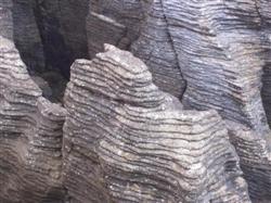 Les Pancake Rocks