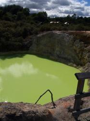 Devil's Bath à Wai-O-Tapu
